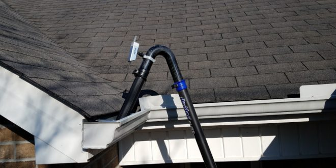 Vacuum Gutter Cleaning