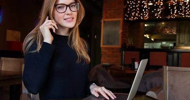 Using the Best Business Phone Service