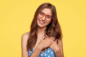 Latest Eyewear Trends for Women